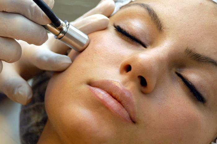 clin d'oeil esthétique - facial - microdermabrasion